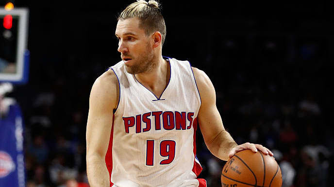 AUBURN HILLS, MI - NOVEMBER 21: Beno Udrih #19 of the Detroit Pistons plays against the Houston Rockets at the Palace of Auburn Hills on November 21, 2016 in Auburn Hills, Michigan. NOTE TO USER: User expressly acknowledges and agrees that, by downloading and or using this photograph, User is consenting to the terms and conditions of the Getty Images License Agreement.  (Photo by Gregory Shamus/Getty Images)